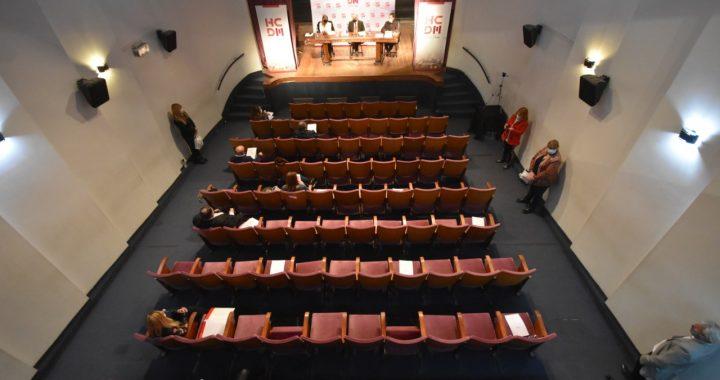 Vista Aérea de la sesión en el Teatro Gregorio de Laferrere